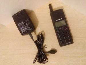 ANTIGUO teléfono Celular Ericsson