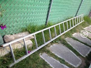 Tengo a la venta esta escalera de saltillo posot class for Escaleras 5 metros