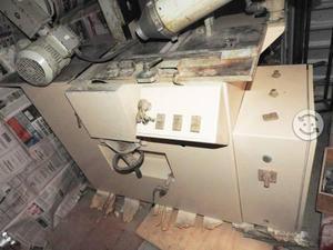 Maquina grabar molduras al calor y tallar moldura