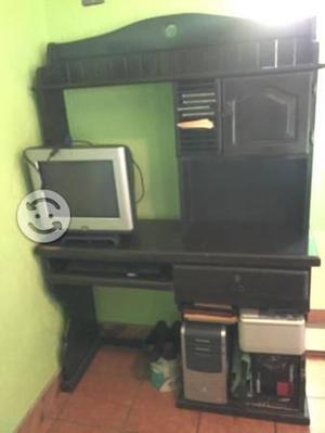 Mueble para PC de escritorio