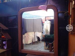 Espejo tipo rustico con marco de madera
