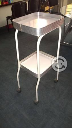 Mesa de corte para perfil de aluminio posot class - Mesa auxiliar estetica ...