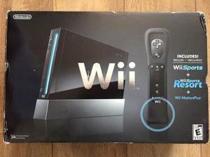 Wii Negro Con Dos Controles Y Wwe 13