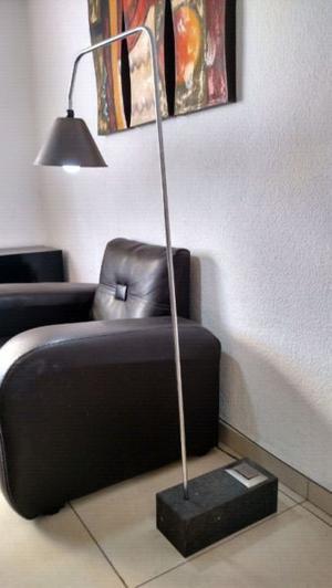 Hermosa lampara de pie (curva)