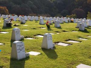 4 gavetas en cementerio lomas memorial posot class for Cementerio jardin memorial