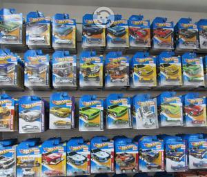 Hotwheels diferentes modelos nuevos buen precio