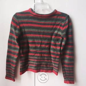 Sweter Talle: XS - Color: Verde y Rojo