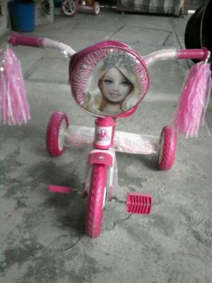 Triciclo apache para niña nuevo