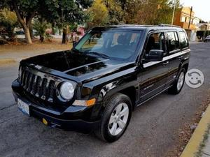 Jeep Patriot Estandar Como nueva