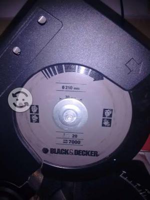 sierra circular de inglete black decker pu
