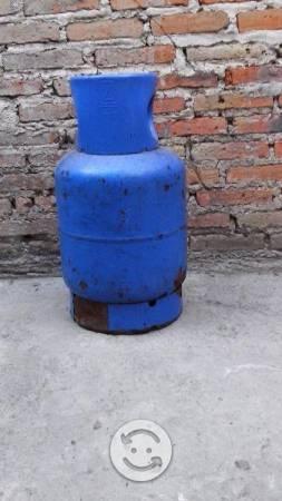 cilindro de gas kgs usado vacio guadalajara posot class. Black Bedroom Furniture Sets. Home Design Ideas
