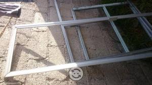 Vendo ventanas y puerta de aluminio usadas posot class for Puertas y ventanas usadas en rosario