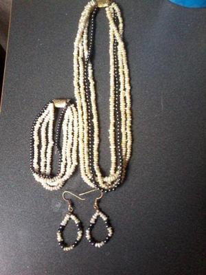 Collar, Pulsera y Aretes de Perla Antiguos