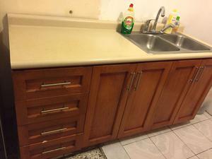 Mueble integral con tarja y filtro de agua posot class for Puertas cocina integral