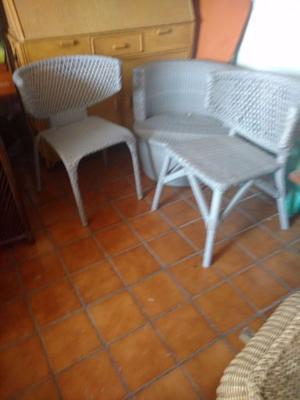 Muebles Mimbre y tapicería