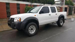 Nissan Frontier doble cabina 2014, 4 cil
