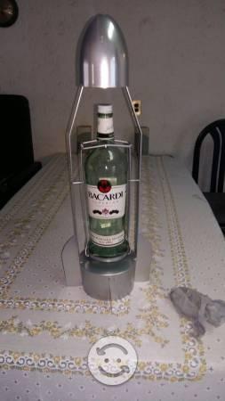 Porta botella tipo misil