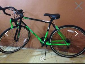 Bicicleta de carreras rodado 28 marca fuji team2 | Posot Class