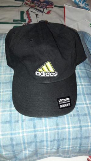 Gorra Adidas Negra Unitalla