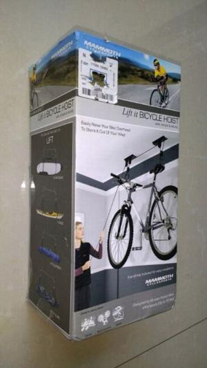 Rack para colgar bici y otros.