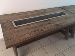 2 Mesas para jardín con dispensador de bebidas