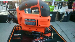Sierra Caladora BLACK AND DECKER.