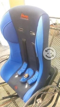 Auto asiento para niño