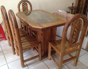 Comedor triangular roble claro de dico posot class for Comedor pequea o 4 sillas