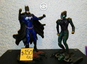 Figuras de colección Batman y duende verde