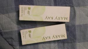 MARY KAY crema exfoliante e hidratante facial