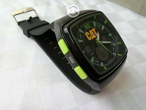 Reloj de catt verde