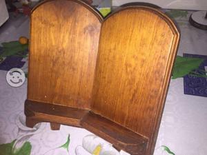 Base de madera para libro o escrituras