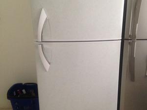 Excelente refrigerador daewoo 16 pies