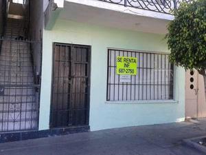 Local comercial chico en Av. H Cristóbal Colon #708-A