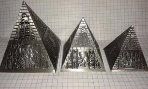 Set De 3 Piramides De Egipto Metal Estaño Con Iman Alhajero