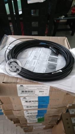 Material de instalación de fibra óptica y modems