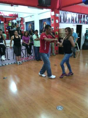 Compro espejos para gimnasio o salon de baile posot class for Espejos para gimnasio