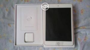 IPad mini 4 de 64gb color dorada