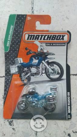 Motocicleta Matchbox bmw R1200 GS de coleccion