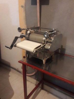 Vendo maquina para hacer tortillas