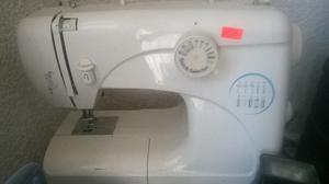 vendo maquina coser