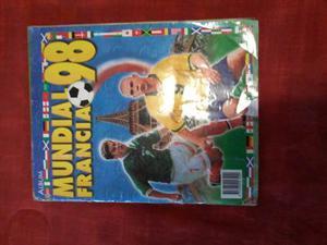 Album Del Mundial Francia 98, Editorial Navarrete, Al 98 %.