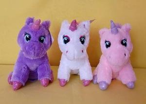 Paquete 3 Unicornios de Felpa con Ojos Bordados 25 cm