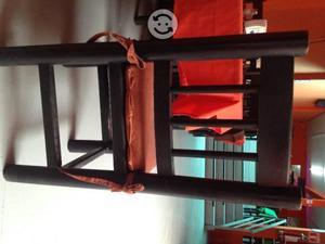 Sillas y mesa rustico