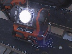 Taladro/Lampara Ridgid 18 Volts Lithium-Ion