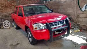Nissan doble cabina de lujo