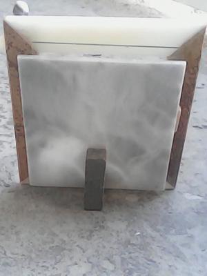 Portaretratos de marmol