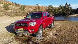 Toyota Tacoma TRD Roja 4x2, Aut, 6 cilindros