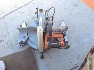 Vendo cortadora para madera o aluminio