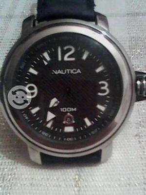 Reloj Nautica con fechador 58mm